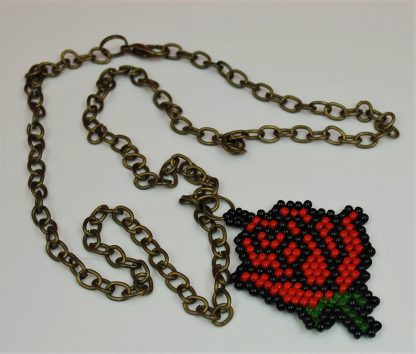Naszyjnik róża
