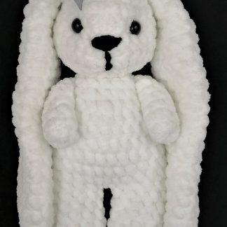 Śnieżnobiały króliczek