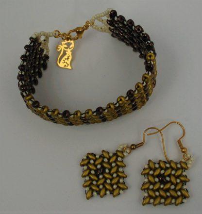 Komplet biżuterii szytej